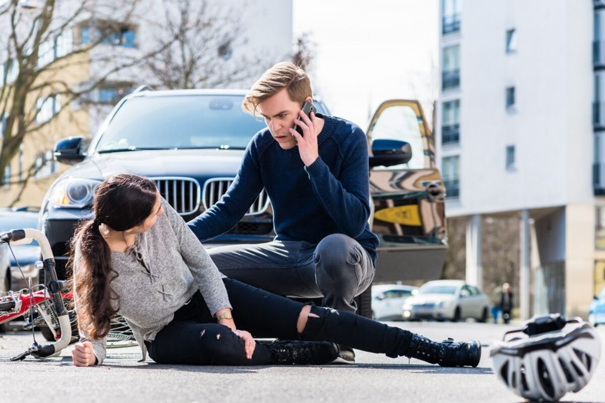 What Are the Benefits of Hiring a Personal Injury Lawyer?