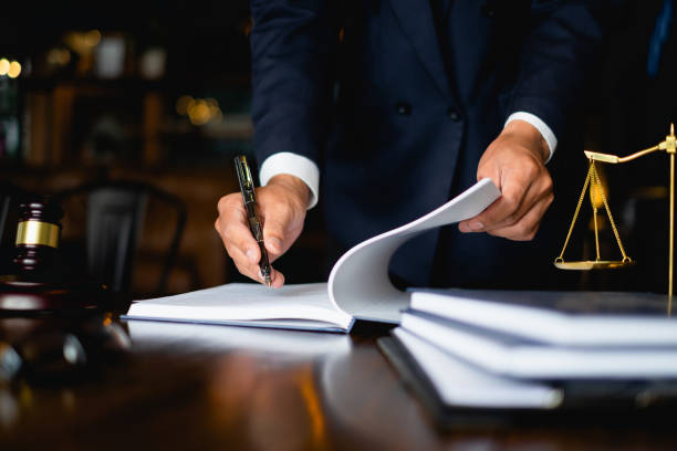 """One of the most common questions people ask about criminal defense law is, """"do criminal defense lawyers defend the guilty?"""""""
